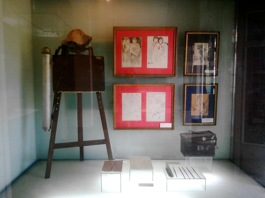 BdayVietnam-12-FineArts
